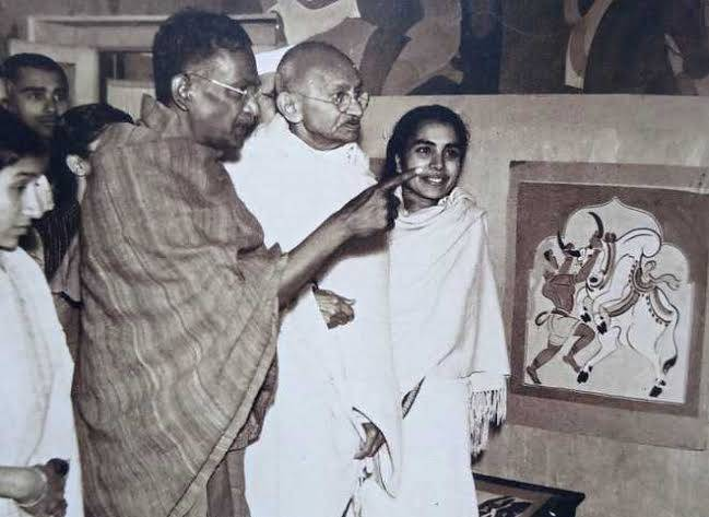 Nandalal Bose with Gandhi