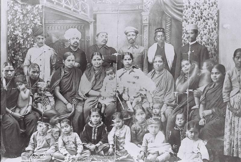 Dhondho Kesav Karve - mksss-family