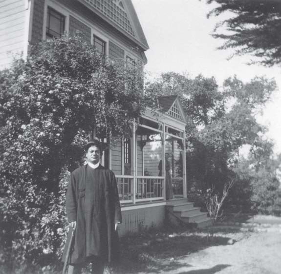 Swami Vivekananda at Mead sisters house South Pasadena